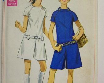 UNcut Vintage 1960s Simplicity 7632 GO-GO PANTDRESS Pattern Miss sz 10