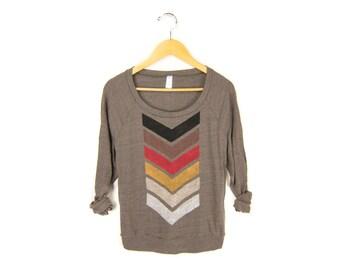 Geo Chevron Sweatshirt - Oversized Lightweight Long Sleeve Pullover Raglan Sweater in Fire and Brown - Women's Size S