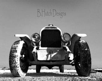 Front End Vintage Vehicle, Black and White Photography, Digital Downloads, Old Truck Photography, Vintage Truck, Home Decor, Wall Art