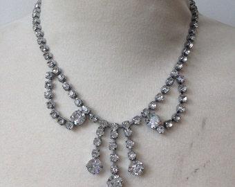 REDUCED Vintage 1950s Diamanté Paste Necklace