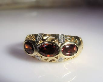 10K Yellow Gold Band, Garnet and Diamond Band, Art Nouveau Band Ring, Garnet Ring, Red Garnet Ring, 3 Stone Ring, Vintage Ring – Size 6.75
