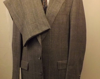 70s Hart Shaffner Marx Men's Gray Check Wool Suit Size 40R