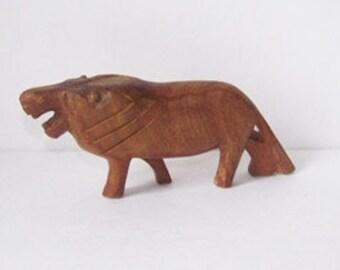 Carved Wood Lion Statue / Cat / Figurine