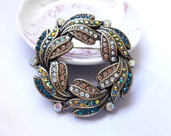 Gold Wreath With Gems Brooch Womens Jewelry & Accessories