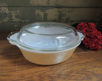 Fire King Peach Lustre Casserole Dish with Lid / 1.5 Quart Casserole Dish with Lid / Peach Luster Baking Dish /Anchor Hocking Casserole Dish