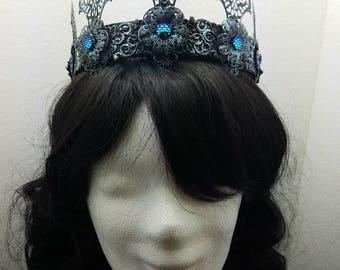 Gothic Crown in silver black with blue cabochons / Krone in silber-schwarz mit blauen cabochons
