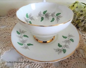 Vintage Tea Cup Crown Staffordshire English Fine Bone China Tea Cup and Saucer Green Grape Berry Gold Trim Scallop Handle Replacement China