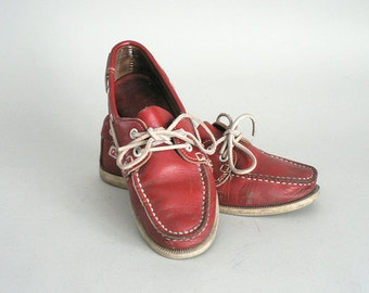 Size 6 Womens Red Moccasin Boat Shoe