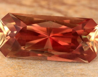 6.64 Carat Oregon Sunstone Gemstone Precision Cut Gem