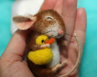Needle Felted Miniature mouse