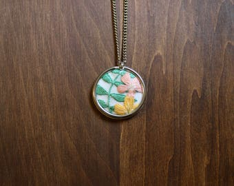 Embroidered Tropical Flowers Necklace