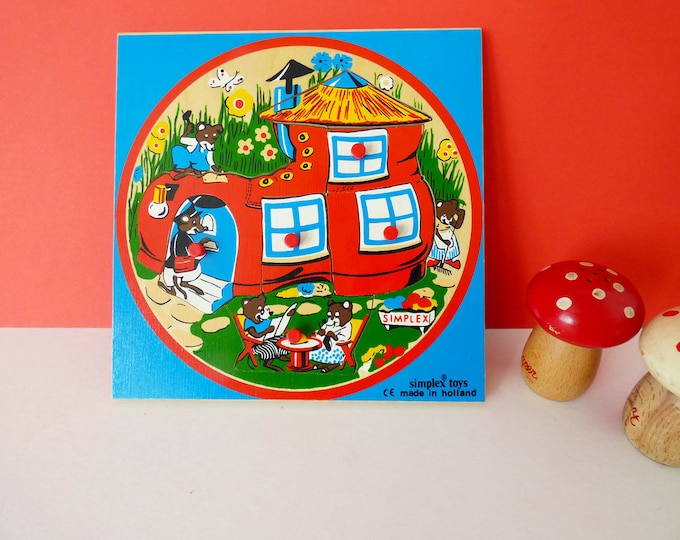 Vintage wooden mouse house puzzle tray