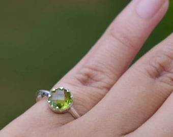 PeridotRing-Round Faceted Green Peridot Ring-925 Sterling Silver Ring-August Birthstone-Green Handmade Jewelry-Natural Grown Peridot Ring