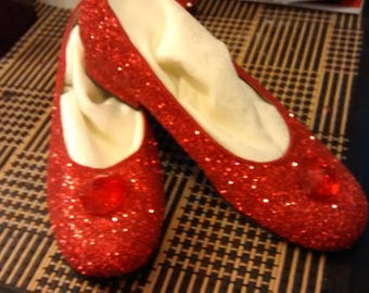 wizard of oz the ruby slippers/girl's size 5.