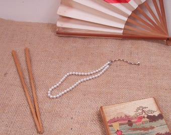 Vintage Japanese Faux Pearl Single Strand Adjustable Choker Style Necklace - Mid Century Japan