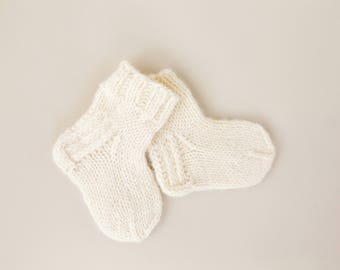 100% Natural Wool Hand-knitted Socks 9 cm.