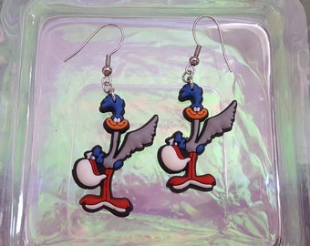 Dangling earrings of Road Runner beep beep.