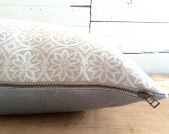 "Moroccan Tile, linen pillow, Size: 22"" x 22"