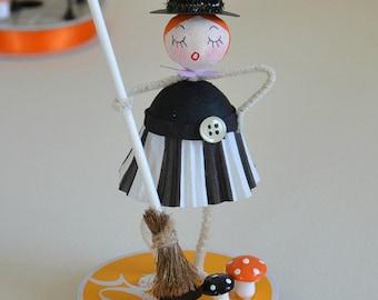Spun Cotton Halloween Witch / Halloween Ornament / Retro Style
