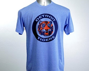 Detroit Tigers Logo Tshirt Vintage 80's logo Detroit Tigers Opening Day 2018 Gift for Dad Gift for Mom