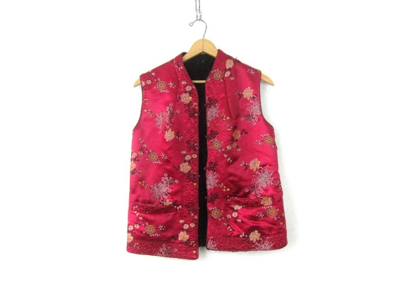 Rose Red Asian Vest Frog button Top Embroidered Floral Layering Shirt Ethnic Sleeveless Jacket women's size XL