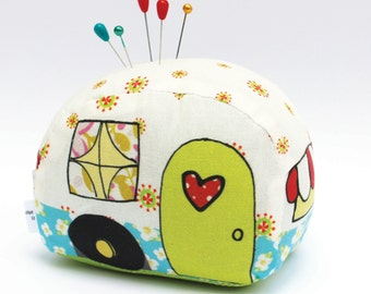Happy Camper Pin Cushion - Needlecraft it