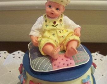Rock a bye baby musical Madame Alexander Resin figurine