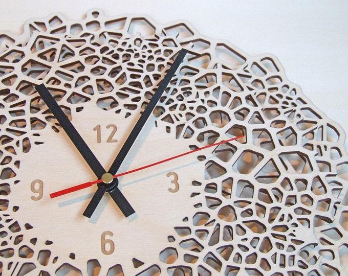 Wall Clock wood - Large giraffe clock with numbers