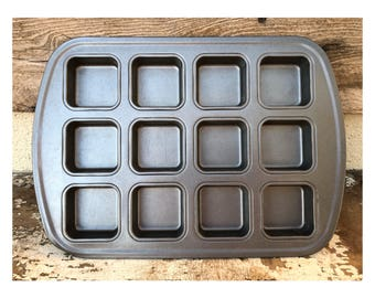 Square-Shaped Muffin Tin.