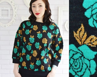 Vintage Green and Gold Floral Sweatshirt with 3/4 Length Sleeves Size Large