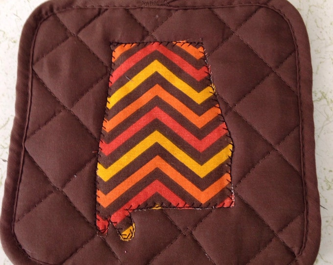Bama Pot Holder Brown with Chevron Print
