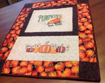 Quilted Fall Wall Hanging with Pumpkins