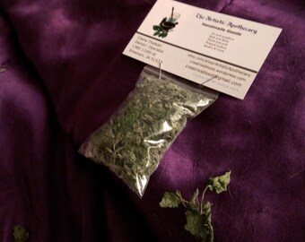 Organic Catnip and Catmint Blend Homegrown Cat Treats Dried Catnip Potent