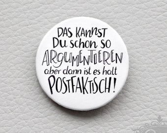 "cute as a button ""POSTFAKTISCH"" handlettering Spruch Button"