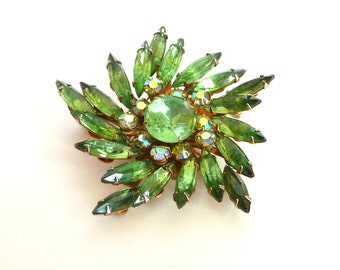 Green Navette Spray Brooch Pin Gold Tone Metal AB Chatton Rhinestones Vintage from TreasuresOfGrace
