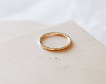 C1010 - Gold 1.5MM Thin Size 5 Stainless Steel Ring