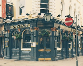 London Print, London Photography, London Pub, British Tavern, Fine Art Print, Travel Photo, Office Decor, Wall Art
