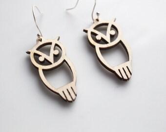 Chi Omega Owl Earrings // Wooden Chi Omega Owl Earrings // Greek Life Sorority Jewelry // Chi O Owl