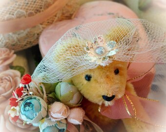 Nail Polish Favor ~ Veil ~ Bridal Shower Favor ~ Bridal Veil ~ Wedding Favor ~ Customizable ~ Made to Order ~ IVORY ~ WHITE