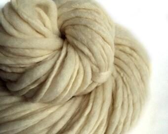 Chunky yarn natural yarn handspun yarn merino wool yarn chunky wool bulky yarn weaving yarn thick and thin yarn slub art yarn baby yarn