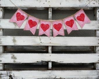 Hearts Burlap Banner, Valentines Burlap Banner, Valentines Photo Prop, Rustic Wedding Decor, Valentines Wedding