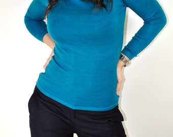 Two-strand octane sweater color