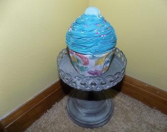 Faux Blue Cupcake Gift Box