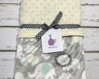 Baby blanket Neutral baby blanket Baby shower gift Gender neutral gift Minky blanket Gender Neutral baby Shower Elephant Minky Blanket