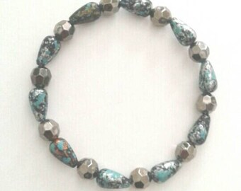 Pretty Speckled Blue and Black Bracelet