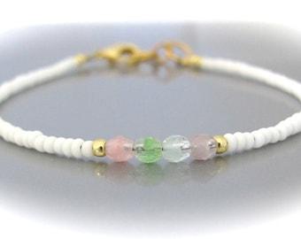 White Friendship Bracelet, Pastel Bracelet, Seed Bead Bracelet, Friendship Bracelet, Bridesmaid Gift, Minimal Bracelet, Hawaii Jewelry