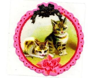 Fusible applique kittens