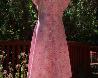 Pink and White Sleeveless Day Dress 28 inch 71 cm Waist Windsor label Midcentury Summer Dress