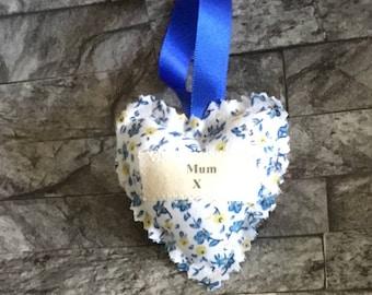 Personalised heart, mum heart, mum gift, Birthday gift, fabric heart, gift for mum, hanging heart, fabric heart for mum,