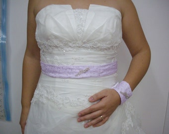 Coordinated with beads and Swarovski bracelet and belt for the bride